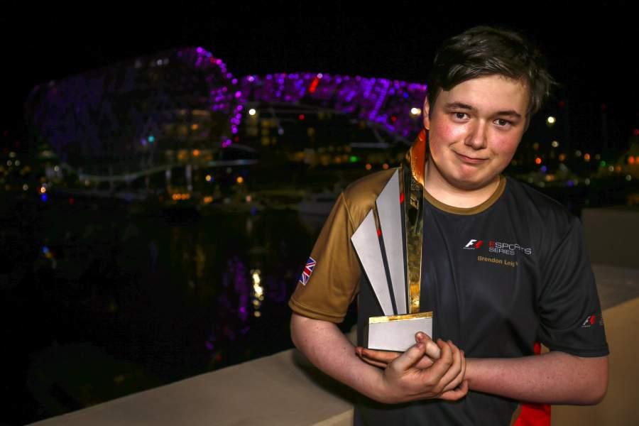 Brendon-Leigh-ganador-del-Mundial-de-F1-eSports